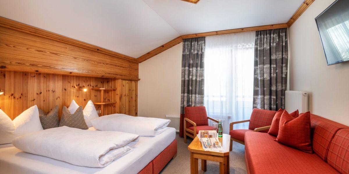 Dreibettzimmer in Obertauern, Dreibettzimmer in Obertauern, Hotel Garni Haus Tyrol