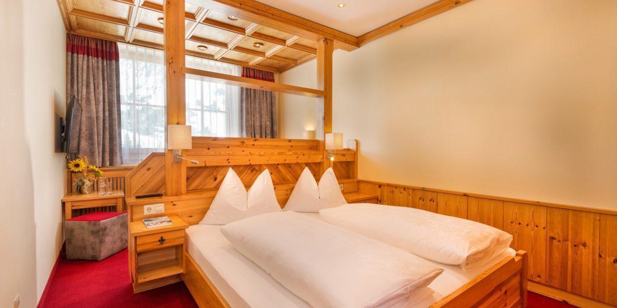 Dreibettzimmer in Obertauern, Hotel Garni Haus Tyrol