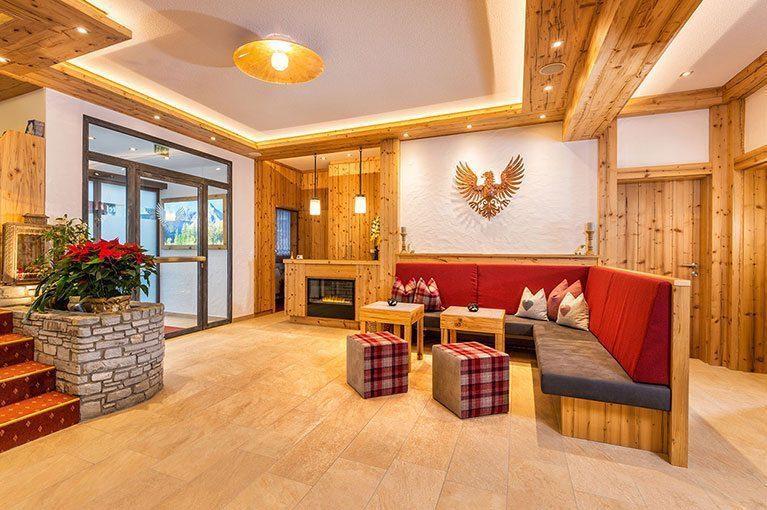Lobby, 3 Sterne Hotel in Obertauern - Hotel-Garni Tyrol