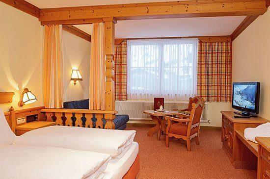 Vierbettzimmer in Obertauern, 3 Sterne Hotel Tyrol, Salzburg