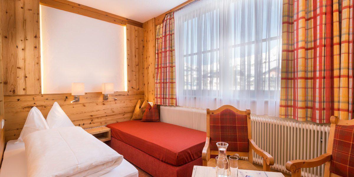 Vierbettzimmer in Obertauern, Hotel-Garni Tyrol