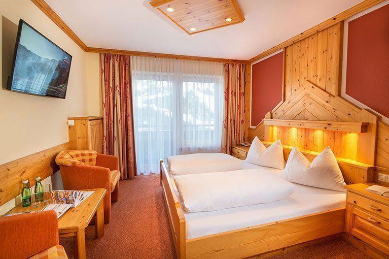 Zimmer in Obertauern - Hotel-Garni Tyrol